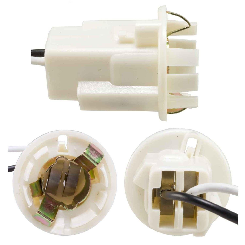 AIRTEX ENG. MGMT. SYSTEMS - Parking Light Bulb Socket - AEM 6S1006