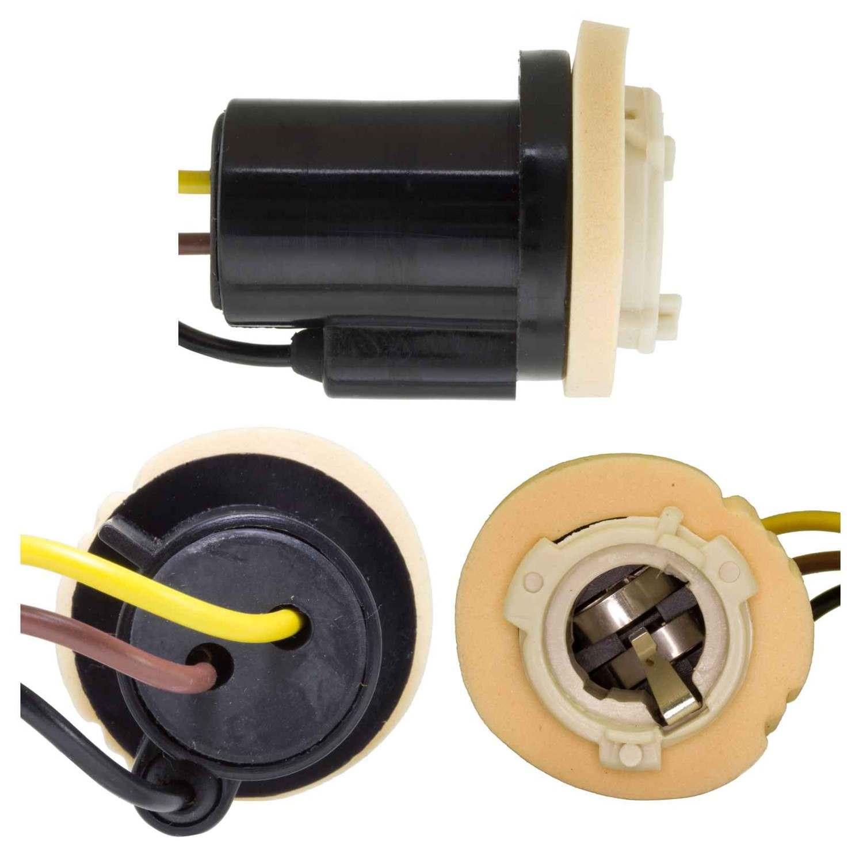 AIRTEX ENG. MGMT. SYSTEMS - Parking Light Bulb Socket - AEM 6S1028