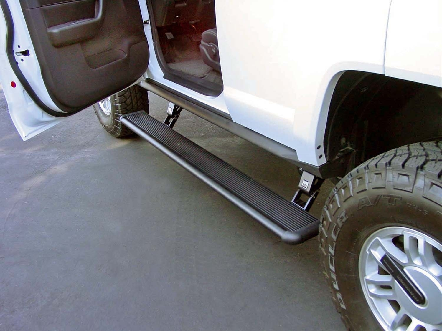 AMP RESEARCH - PowerStep(TM) Running Board - ARH 75116-01A