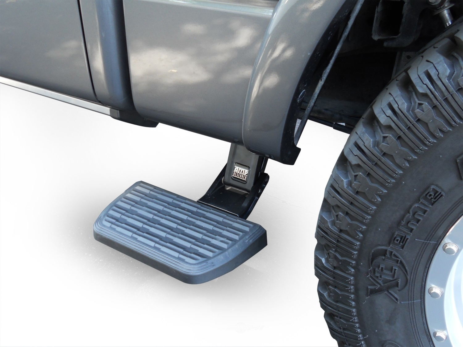 AMP RESEARCH - BedStep2(TM) Truck Cab Side Step - ARH 75402-01A
