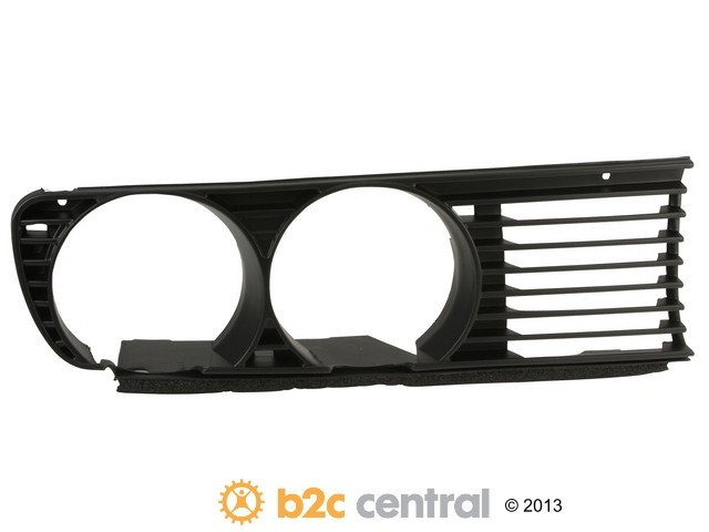 B2C CENTRAL - Trucktec Grille Assembly (Left) - B2C W0133-1614594-TRC