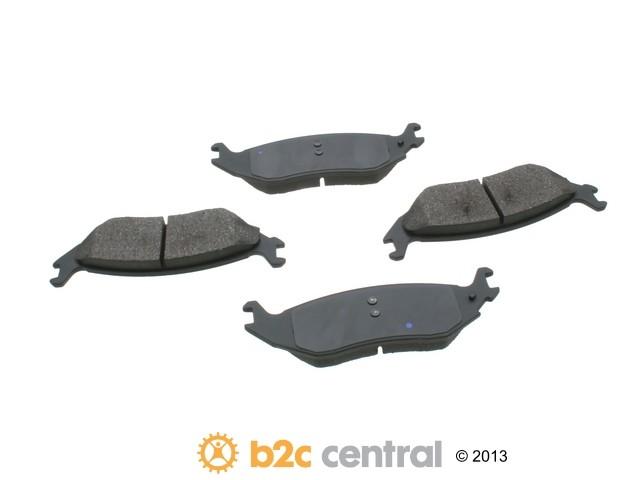 FBS - Akebono PRO-ACT Ultra-Premium Brake Pad Set Ceramic (Rear) - B2C W0133-1612232-AKE