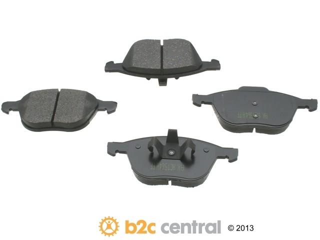 FBS - Akebono PRO-ACT Ultra-Premium Brake Pad Set Ceramic (Front) - B2C W0133-1613495-AKE