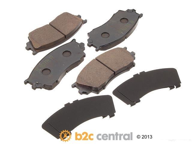 Akebono -  PRO-ACT Ultra-Premium OE Brake Pad Set Ceramic (Front) - B2C W0133-1613885-AKE
