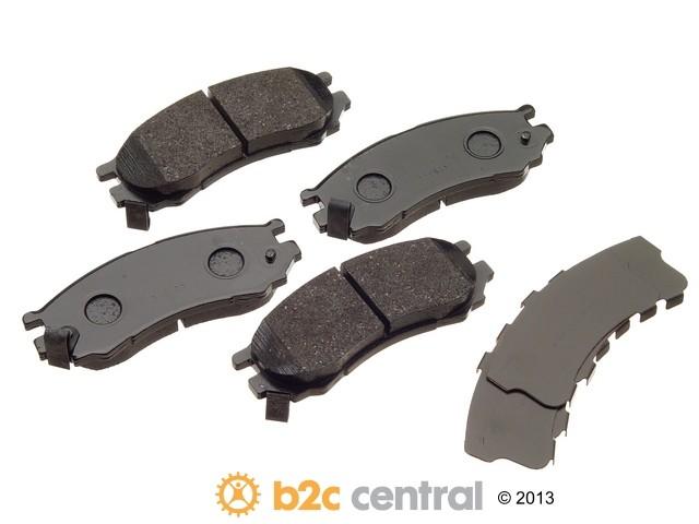 FBS - Akebono PRO-ACT Ultra-Premium OE Brake Pad Set Ceramic (Front) - B2C W0133-1614446-AKE