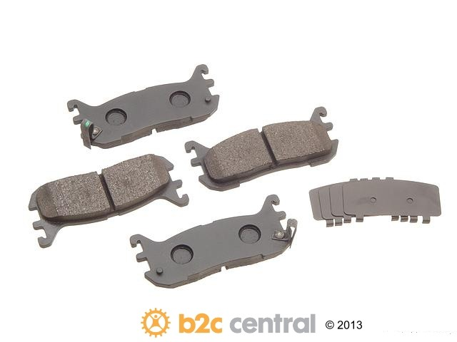 FBS - Akebono PRO-ACT Ultra-Premium OE Brake Pad Set Ceramic (Rear) - B2C W0133-1616094-AKE