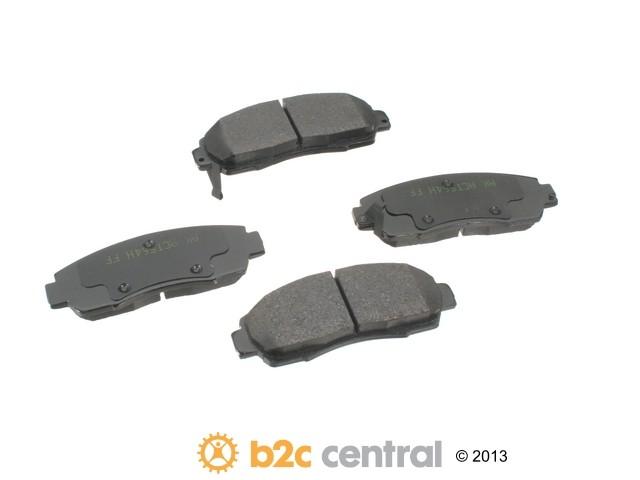 FBS - Akebono PRO-ACT Ultra-Premium Brake Pad Set Ceramic (Front) - B2C W0133-1616121-AKE