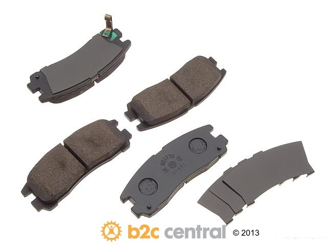 FBS - Akebono PRO-ACT Ultra-Premium Brake Pad Set Ceramic (Rear) - B2C W0133-1617350-AKE