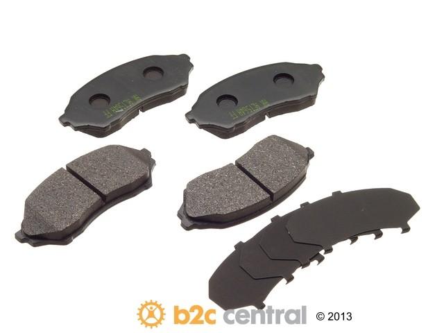 FBS - Akebono PRO-ACT Ultra-Premium Brake Pad Set Ceramic (Front) - B2C W0133-1617520-AKE