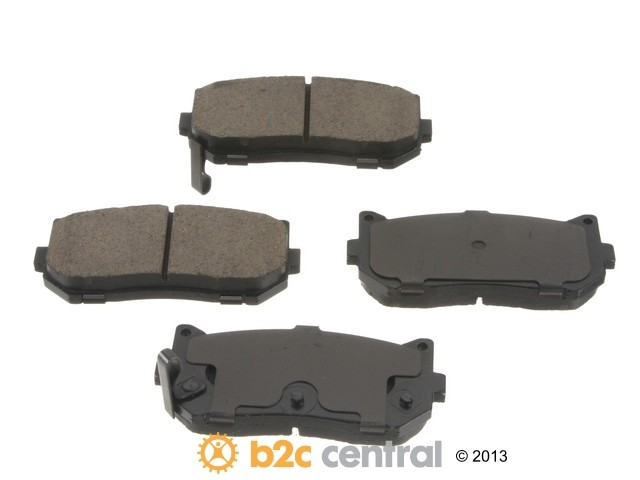 FBS - Sangsin OE Replacement Brake Pad Set Ceramic - w/ Shims (Rear) - B2C W0133-1658966-SBC