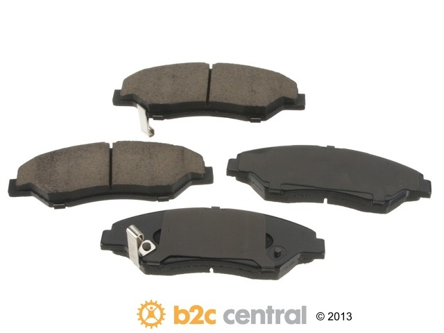 Sangsin -  OE Replacement Brake Pad Set Ceramic - w/ Shims (Front) - B2C W0133-1659689-SBC