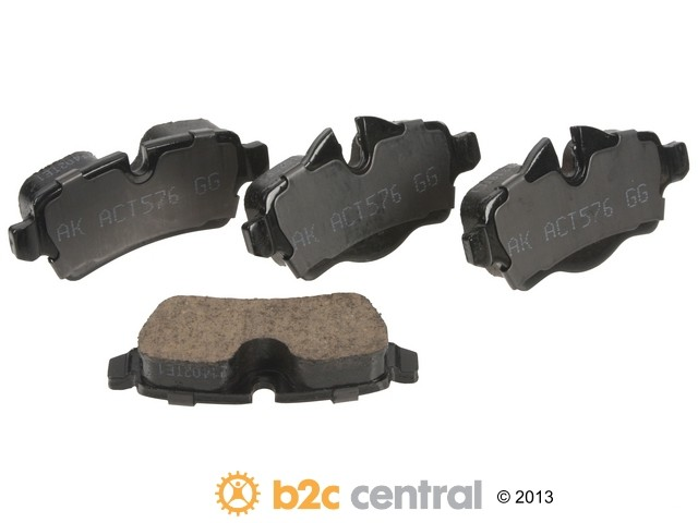 FBS - Akebono EURO Ultra-Premium Brake Pad Set Ceramic (Rear) - B2C W0133-1889600-AKE
