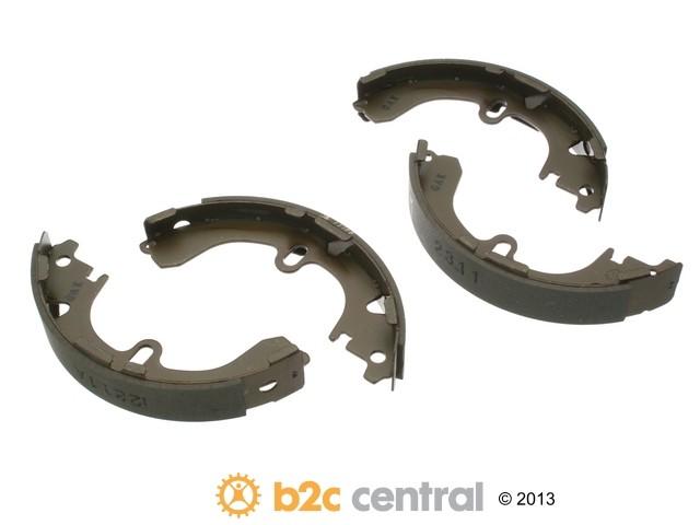 FBS - MK Kashiyama Drum Brake Shoe Set (Rear) - B2C W0133-1850833-MK