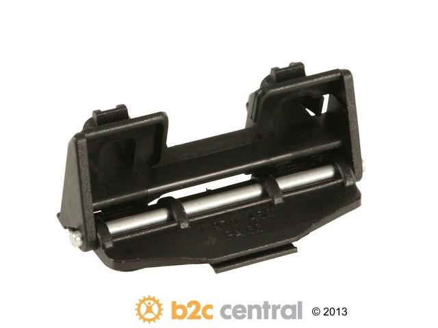 B2C CENTRAL - Vaico Fuel Door Hinge - B2C W0133-1839220-VCO