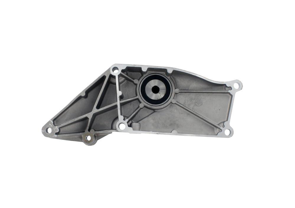 CRP/REIN - Engine Cooling Fan Clutch Bearing Bracket - CPD FBB0002