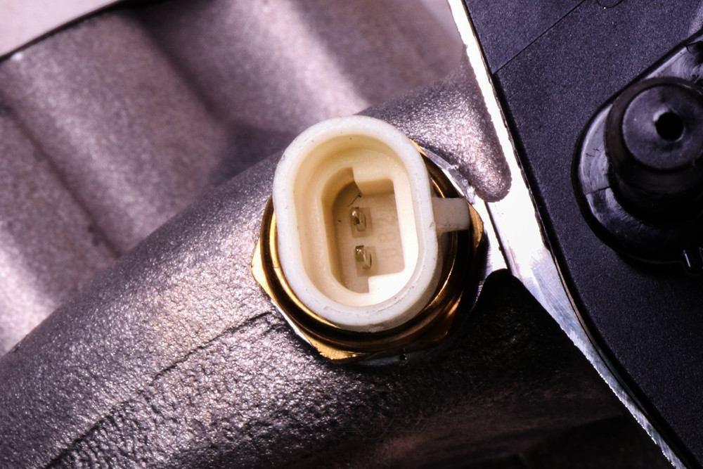 ACDELCO GM ORIGINAL EQUIPMENT - Engine Water Pump - DCB 12685259