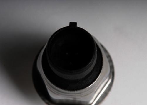 ACDELCO GM ORIGINAL EQUIPMENT - Brake Fluid Pressure Sensor - DCB 15838718