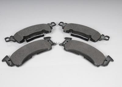 ACDELCO GM ORIGINAL EQUIPMENT - Disc Brake Pad Set (Front) - DCB 171-0933