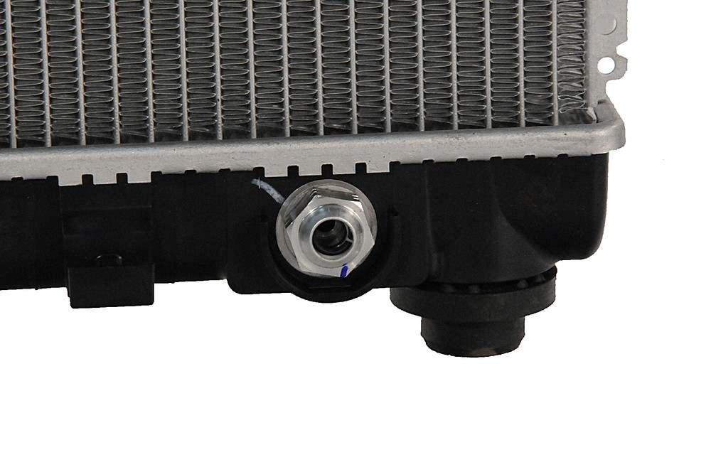 ACDELCO GM ORIGINAL EQUIPMENT - Radiator - DCB 19258627