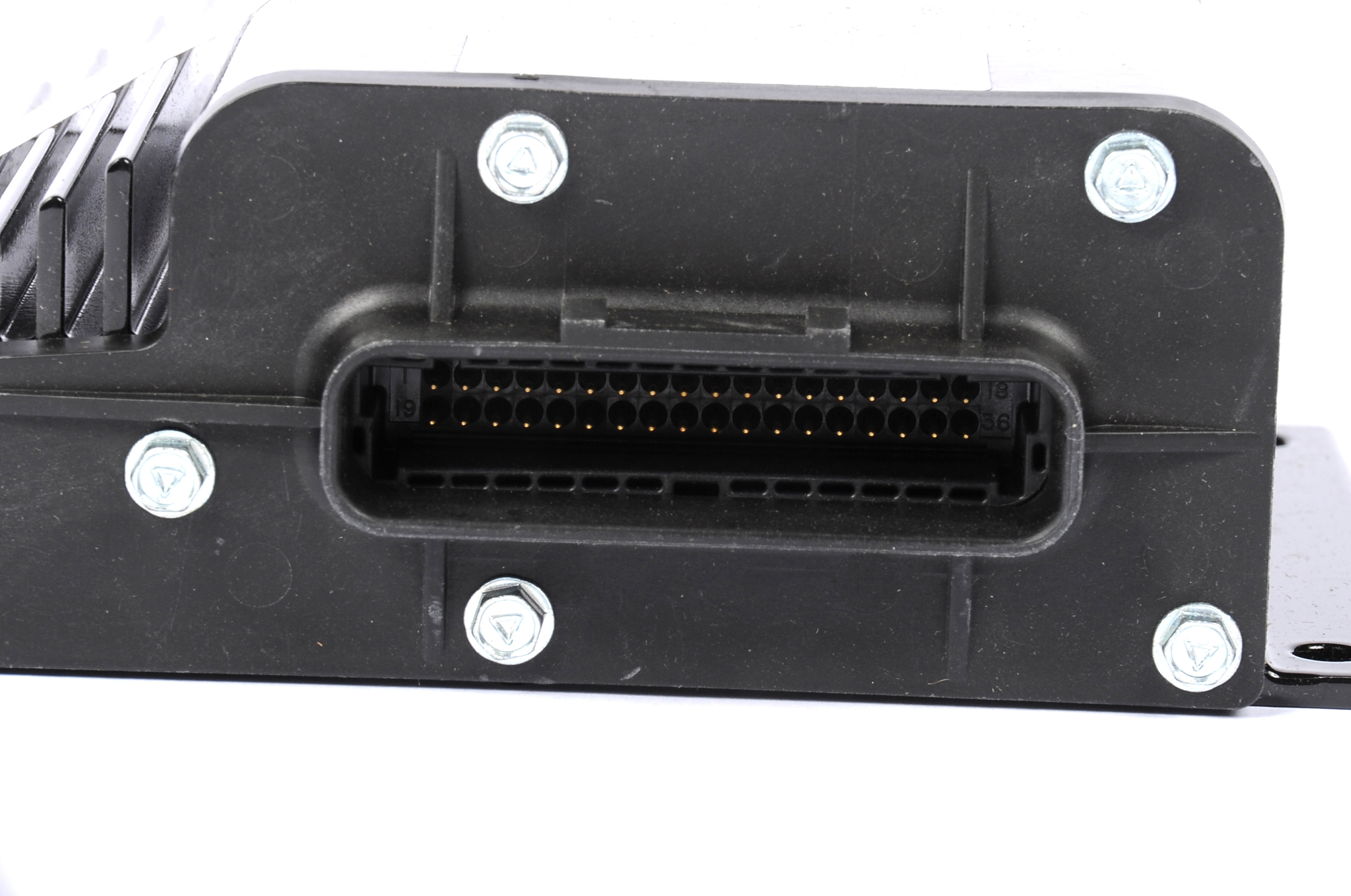 ACDELCO OE SERVICE - Fuel Injector Control Module - DCB 52372384