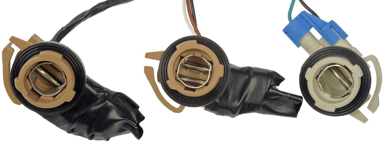 DORMAN OE SOLUTIONS - Tail Light Harness - DRE 923-015