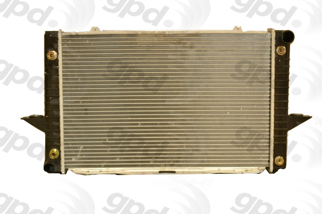 GLOBAL PARTS - Radiator - GBP 2424C