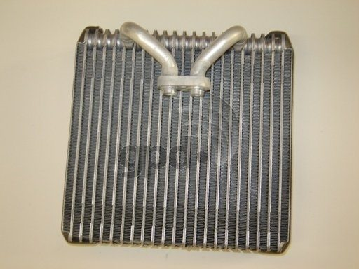 GLOBAL PARTS - A\/C Evaporator Core - GBP 4711403