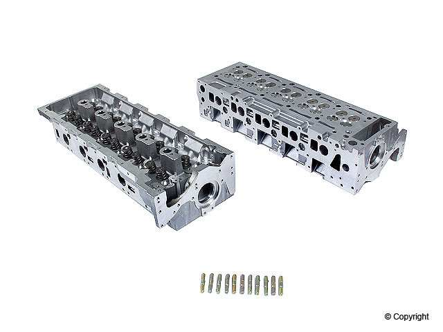 AMC New - AMC New Engine Cylinder Head - WDX 043 33005 433