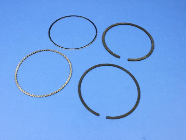 MOPAR PARTS - Engine Piston Ring Set - MOP 68031606AA