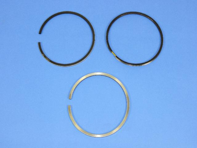 MOPAR PARTS - Engine Piston Ring Set - MOP 68067121AA