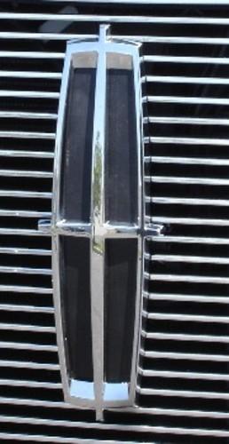 T-REX - Bumper Grille Insert Grille Emblem - REX 19556