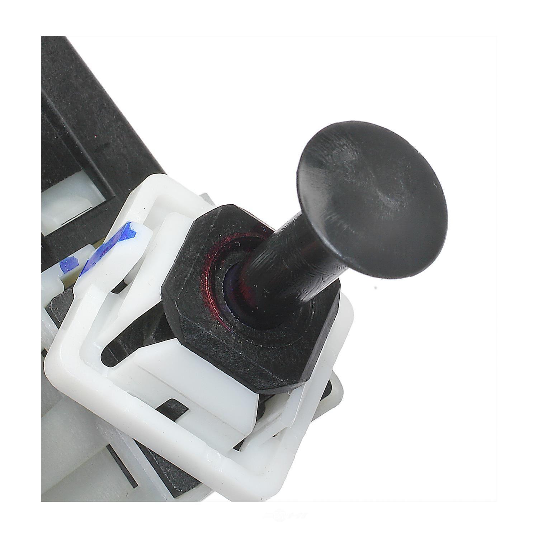STANDARD MOTOR PRODUCTS - Brake Light Switch - STA SLS-461