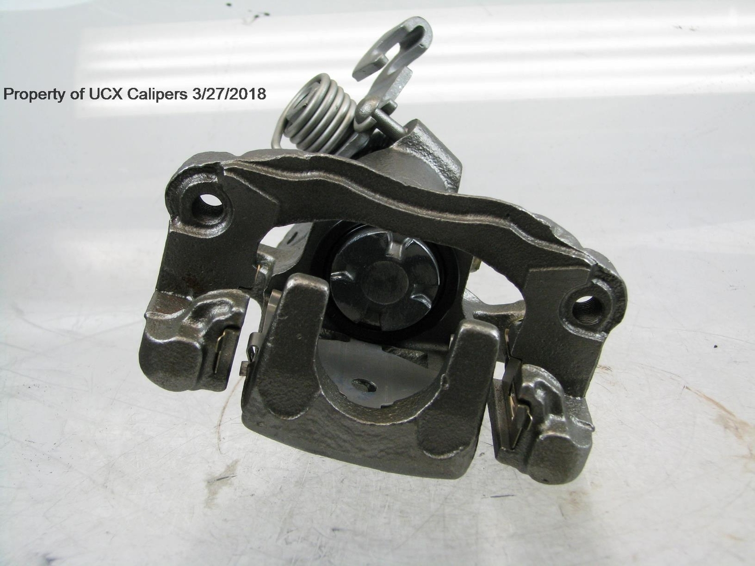 BLACK MEDALLION - Black Medallion Reman Friction Ready Caliper(w/Hdwe & Brkt) (Rear Right) - BKM 14-6215