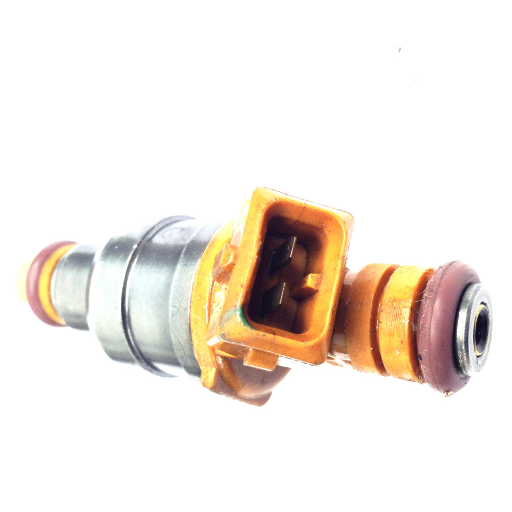 UNITED REMANUFACTURING CO - Fuel Injector - URC 2038
