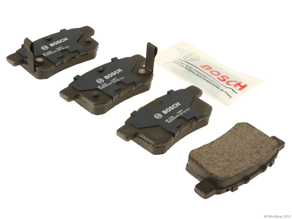 FBS - Bosch QuietCast Premium Brake Pad Set With Shims MST (Rear) - B2C W0133-1957938-BOS