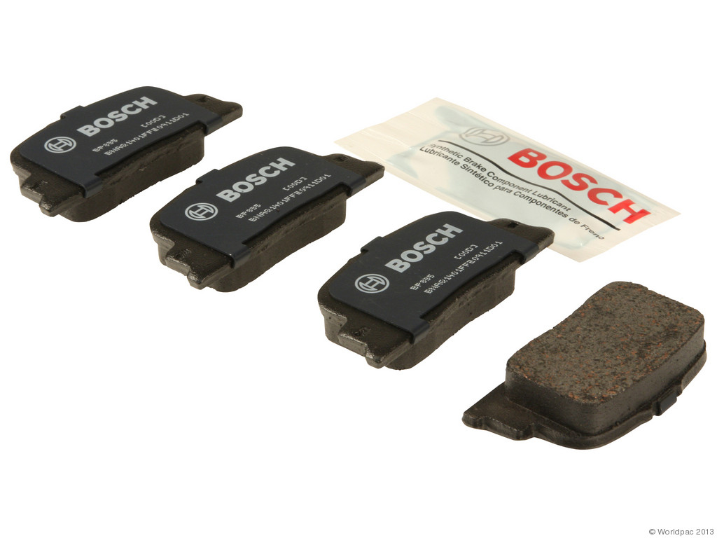 FBS - Bosch QuietCast Premium Brake Pad Set w/ Shims (Rear) - B2C W0133-1958366-BOS
