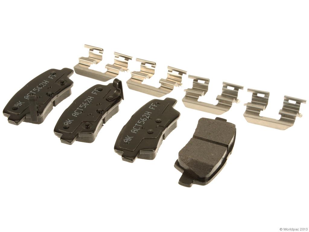 FBS - Akebono PRO-ACT Ultra-Premium Brake Pad Set Ceramic (Rear) - B2C W0133-1961578-AKE