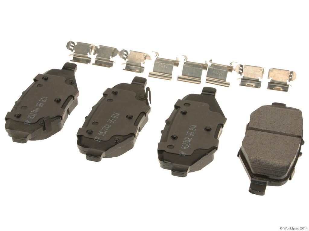 FBS - Akebono PRO-ACT Ultra-Premium OE Brake Pad Set Ceramic (Rear) - B2C W0133-1962851-AKE