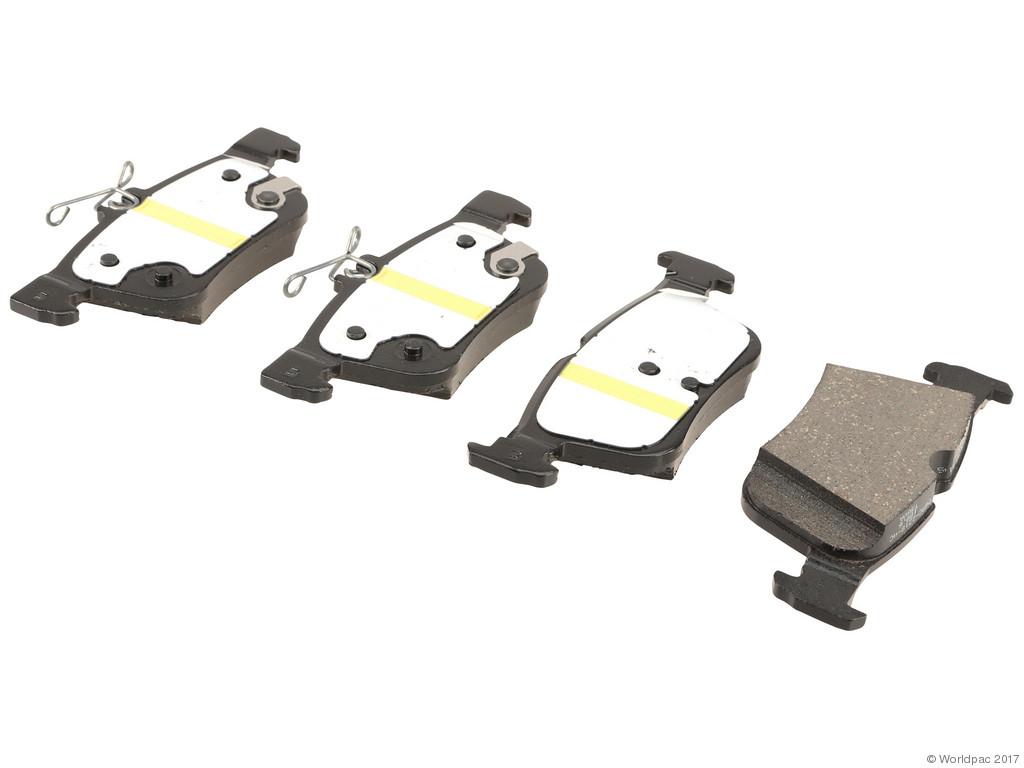 FBS - Motorcraft OE Replacement Brake Pad Set w/ Shims (Rear) - B2C W0133-2236473-MTR